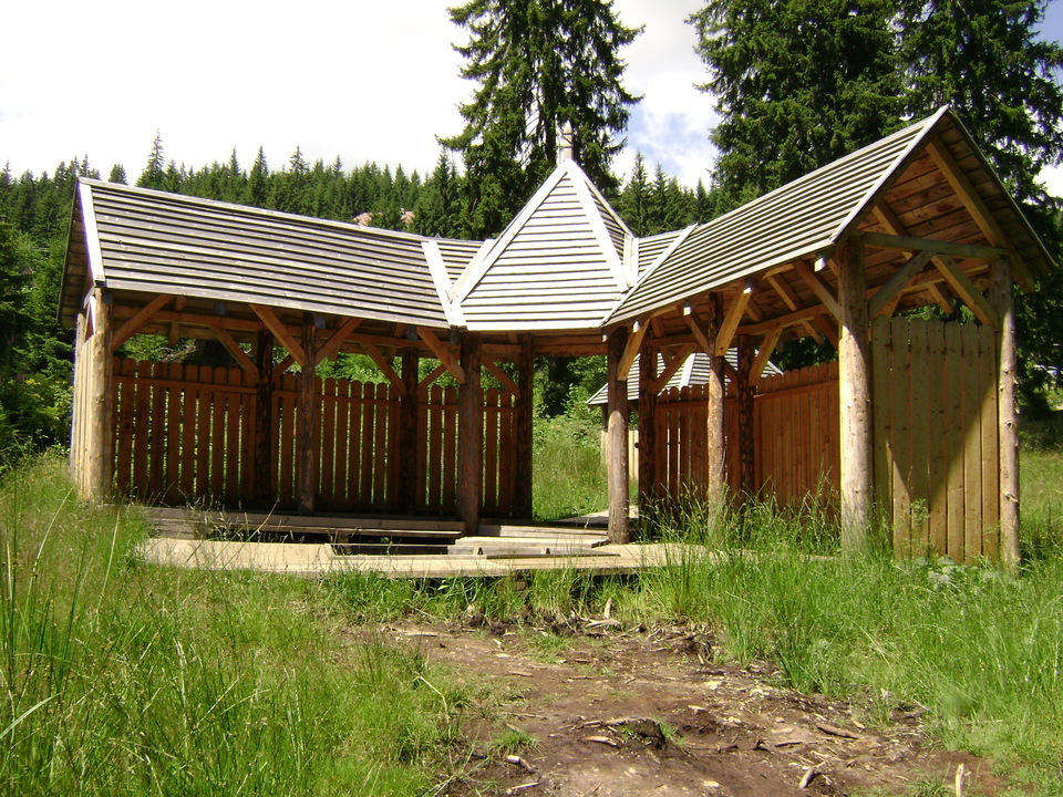 Hargitafürdői borvízforrás és fürdő